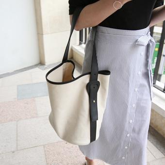 627978 - Celine的帆布包