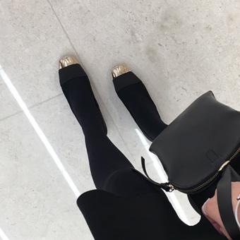 644053 - 金鼻平底鞋