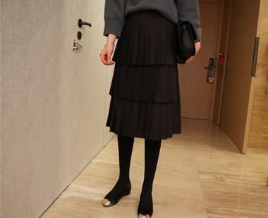 648192 - 反褶裙子