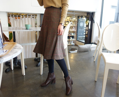 649398 - 猎犬羊毛裙子