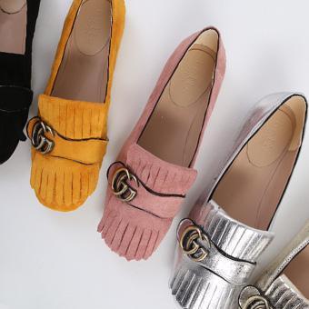 651307 - 现代扣鞋