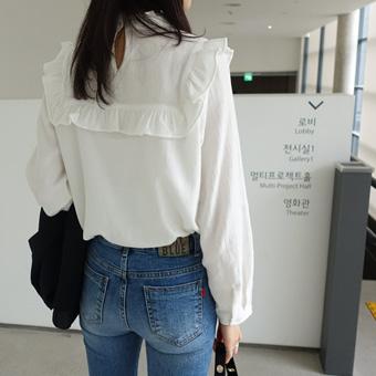 657633 - 每一个褶边衬衫