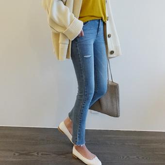 662112 - 软蓝裤子