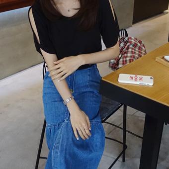 667497 - 开肩扭曲力T恤衫