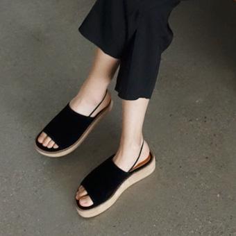 667921 - Tonggup带凉鞋