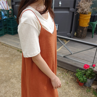 692489 - U领纯棉T恤衫