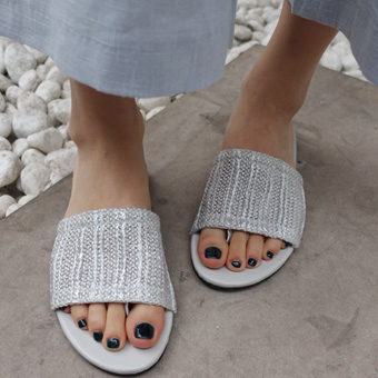 704409 - 隐藏的触发器鞋