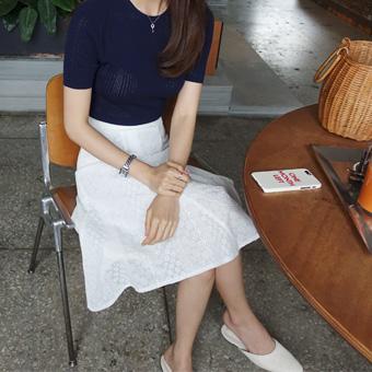 704513 - 常春藤刺绣裙子