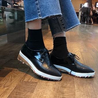 726140 - 快船色的鞋子