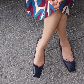 727183 - 广场丝带平底鞋