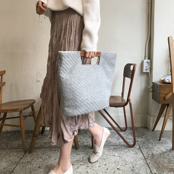749049 - 针织展peobik袋