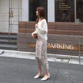 752967 - 桃花裙子