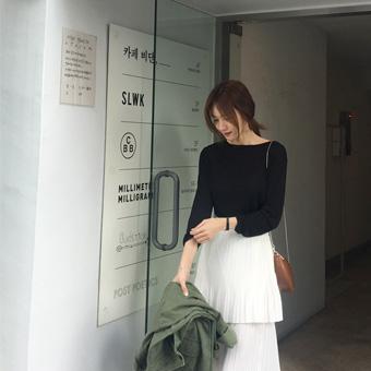 753296 - 圆唇Ť恤衫